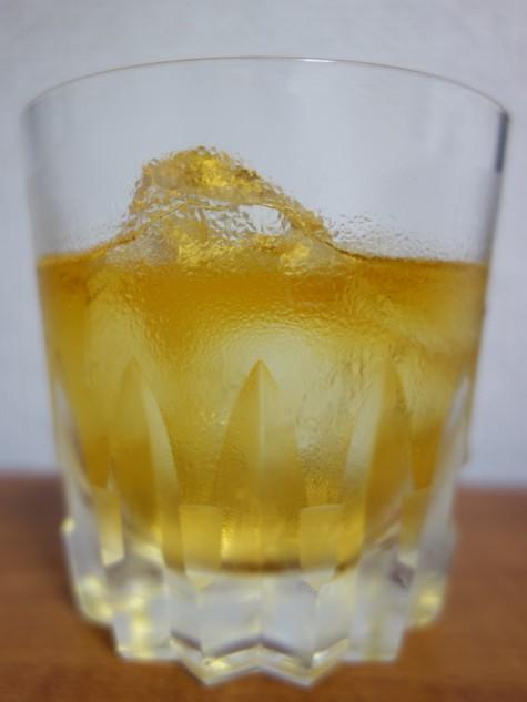 ウイスキーオンザロック