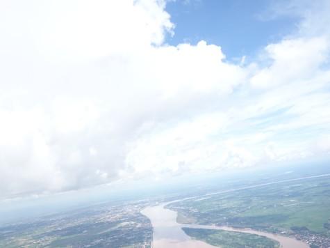 上空から見るメコン川