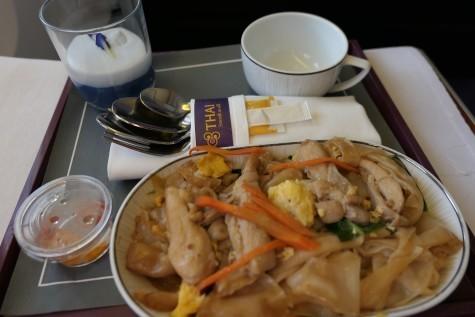 TG116の機内食